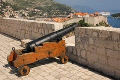 Старый городок осмотренный от форта Lovrijenac dubrovnik Хорватия Стоковые Фотографии RF