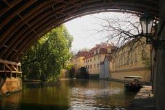 Старый городок Прага - мосты и улицы города Стоковое фото RF