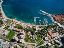 Старый городок Budva, снимая с воздушным трутнем Черногория Стоковая Фотография RF