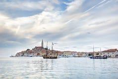 Старый городок Istrian Rovinj или Rovigno в Хорватии Стоковые Фотографии RF