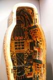 Старый гроб ферзя в музее бальзамировать на Луксоре, Египте Стоковые Изображения RF