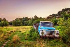 Старый грузовик стоковые изображения rf