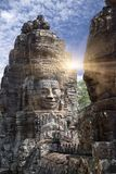 Старый двенадцатый век виска Bayon на Angkor Wat, Siem Reap, Камбоджа стоковое изображение