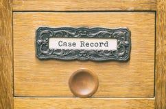 Старый деревянный ящик каталога архивных файлов, файлы истории болезни стоковые изображения rf