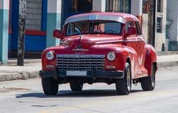 Старый додж в Кубе стоковое фото
