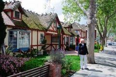 Старый дом в средневековой деревне в Калифорнии Стоковое Фото
