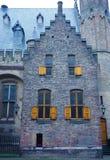 Старый дом в Binnenhof стоковые фотографии rf