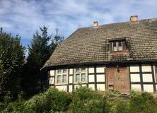 Старый дом деревни в Польше стоковые изображения