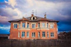 Старый дом кирпича Стоковые Фото