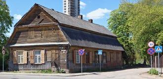 Старый деревянный дом конструкции конца девятнадцатого Стоковые Фото