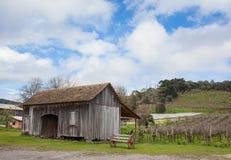 Старый деревянный дом на Rio Grande do Sul - Бразилии Стоковое Изображение RF