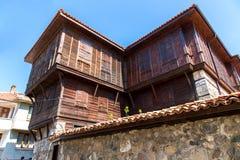 Старый деревянный дом. Стоковые Фотографии RF