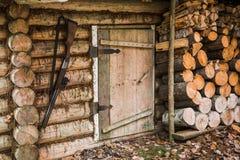 Старый деревянный охотничий домик Стоковые Фото