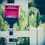 Старый деревянный почтовый ящик Стоковое Изображение RF