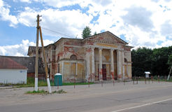 Старый закрытый дом отдыха Россия стоковые изображения rf