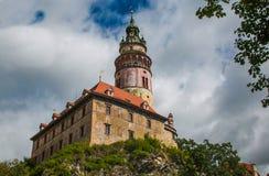 Старый замок в историческом центре Cesky Krumlov Стоковая Фотография RF
