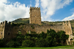 Старый замок в Ninfa Стоковые Фотографии RF