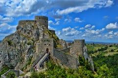 Старый замок на месте Srebrenik стоковая фотография rf