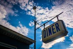 Старый знак обедающего около Thomasville, Пенсильвании Стоковые Фотографии RF