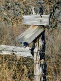 старый знак столба западный Стоковая Фотография