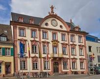Старый здание муниципалитет (1741) в Offenburg, Германии Стоковые Фотографии RF