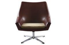 Старый изолированный стул Стоковые Изображения RF