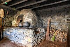 Старый интерьер кухни Стоковые Фото