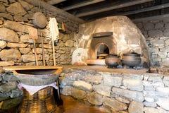 Старый интерьер кухни Стоковые Изображения RF