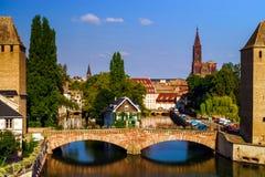 Старый исторический центр страсбурга Башни и briges крепости Стоковое Изображение RF
