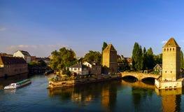 Старый исторический центр страсбурга Башни и briges крепости Стоковое фото RF