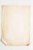 Старый лист бумаги ремесла изолированный на белой предпосылке Стоковые Фотографии RF
