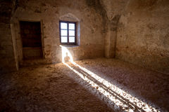 Старый каменный интерьер комнаты Стоковое фото RF