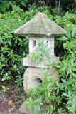 Старый каменный фонарик Стоковые Фото
