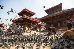 Старый квадрат Durbar с пагодами Самый большой город Непала, своего культурного центра Стоковое фото RF