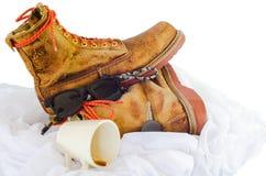 Старый кожаный ботинок изолированный на белизне Стоковое Изображение