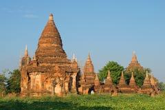 Старый комплекс буддийского виска на солнечном утре Bagan, Бирма Стоковая Фотография