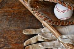 Старый конец оборудования бейсбола вверх Стоковое Изображение