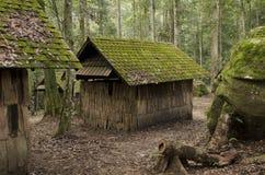 Старый коттедж, старый деревянный дом Стоковое Фото