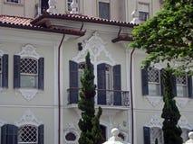 Старый колониальный дом Стоковые Фото