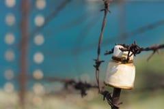 Старый колючий конец-вверх загородки Стоковые Фото