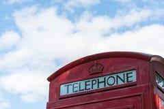 Старый красный великобританский конец переговорной будки вверх Стоковая Фотография RF