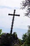 Старый крест, вершина холма, Rocamadour, Франция Стоковое фото RF