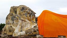 Старый кладя Будда Стоковые Фото