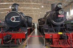 Старый локомотив пара в прошлом столетии стоковая фотография rf