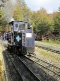 Старый локомотив поезда конца мира стоковые фотографии rf