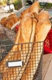 Старый Мир печет хлеб стоковое изображение rf