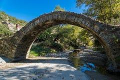 Старый мост в Греции стоковые изображения rf
