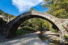 Старый мост в Греции стоковое изображение