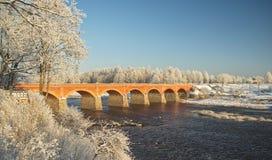 Старый мост кирпича Стоковые Изображения