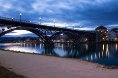 Старый мост Stari больше всего в Мариборе, Словении стоковая фотография rf